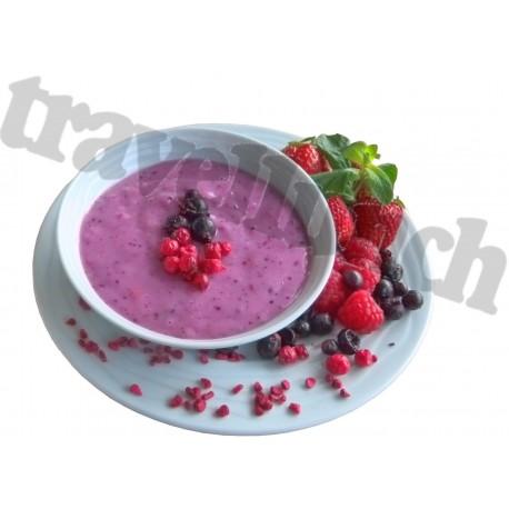 Deserts Wild berry yogurt dessert