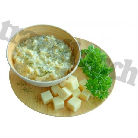Tūristu pārtika Pasta ar siera mērci
